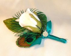 Peacock Wedding Boutonniere, White Rose Bud, Peacock Eye Feather and a Peacock… Wedding 2015, Our Wedding, Dream Wedding, Wedding Ideas, Prom Ideas, Wedding Stuff, Corsage Wedding, Wedding Bouquets, Prom Corsage