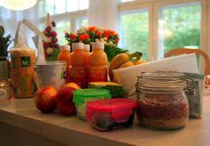 Aamiaispöytä Natural Energy, Strawberry, Fruit, Food, Essen, Strawberry Fruit, Meals, Strawberries, Yemek