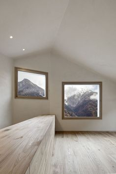 House in Mühlbach, South Tyrol by Pedevilla Architects | http://www.yatzer.com/house-muehlbach-pedevilla-architects photo © Gustav Willeit.