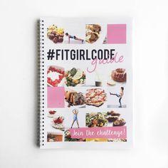De #FITGIRLCODE Guide is een compleet 8-weken ringband boek die je alle handvatten geeft en begeleidt om op een makkelijke manier jouw Fit Journey te starten en vast te houden. Samen met experts hebben we voor acht weken lang schema's gemaakt met recepten