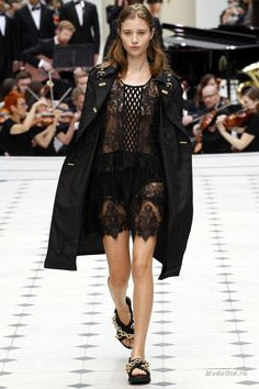 Женская мода: Burberry Prorsum, весна-лето 2016