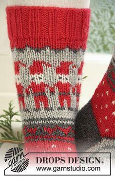 25 Ideas crochet christmas stocking pattern drops design for 2019 Crochet Beanie Pattern, Crochet Socks, Knitting Socks, Baby Knitting, Free Knitting, Crochet Christmas Stocking Pattern, Knitted Christmas Stockings, Christmas Knitting, Drops Design