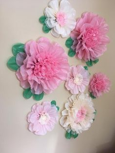 Set of 7 Giant and Large Paper Flowers – Perfect Decorations for Wedding,Birthday Party&Baby Shower - New Deko Sites Large Paper Flowers, Paper Flowers Wedding, Tissue Paper Flowers, Felt Flowers, Diy Flowers, Flower Decorations, Flower Pots, Potted Flowers, Tissue Paper Decorations