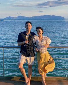 """Quang Đạt on Instagram: """"Hãy du lịch những nơi thật đẹp để lỡ sau này nếu có phải đột xuất lên xe hoa thì cũng yên tâm là đã có đủ hình cưới 😂🐷🍑"""""""