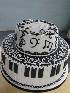 Musical Note Piano Cake