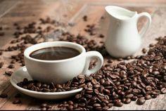 اعظم مافي القهوه التوقيت ان تجدها في يدك فور ان تتمناها