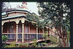 Whyembah - Queenslander built c1896, Toowoomba Qld Victorian Architecture, Historical Architecture, Amazing Architecture, Queenslander House, Weatherboard House, Australian Architecture, Australian Homes, Cute Cottage, Timber House