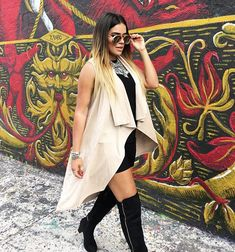 Karol G Hipster Outfits, Hip Hop Outfits, Fashion Outfits, Inspirational Celebrities, Famous Celebrities, Spring Summer Fashion, Your Style, Summer Outfits, Kimono Top