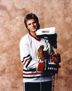 RDA dressed up for playing hockey during 'MacGyver' years