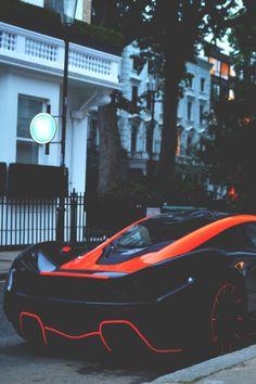 Rolls Royce – One Stop Classic Car News & Tips Lamborghini, Ferrari, Bugatti, New Sports Cars, Super Sport Cars, Sexy Cars, Hot Cars, Rolls Royce, Wallpaper Carros