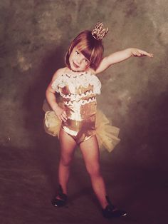 britney spears little baby so cute Young Celebrities, Celebs, Britney Spears Pictures, Baby One More Time, Britney Jean, Girls Rules, Living Legends, Pretty And Cute, Little People
