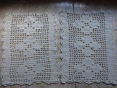 Jogo de tapete de croche em barbante para a cozinha, com 3 peças.  Deixe a sua cozinha charmosa e bela.  Passadeira - 1,25m por 45cm.  Tapetes - 60cm por 45cm.