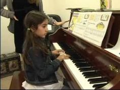 Piano Lessons for Children: Free online video lessons