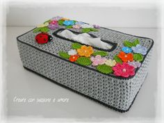 Crochet Stitches Free, Crochet Granny, Crochet Shawl, Crochet Patterns, Tissue Box Covers, Tissue Boxes, Tissue Box Crafts, Kleenex Box, Paper Cover