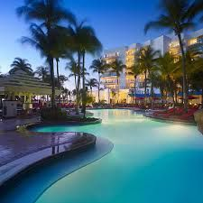 RIU Palace (pronounced Rio), an all-inclusive resort that's located on the beach (Palm Beach) at the far north (or west) end of the island