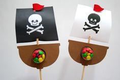 Navio pirata no palito