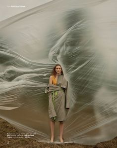 Interesting editorial images and designs for The Indie Practice Photographie Portrait Inspiration, Fashion Photography Inspiration, Photoshoot Inspiration, Outdoor Fashion Photography, Artistic Fashion Photography, Creative Photography, Editorial Photography, Portrait Photography, Concept Photography