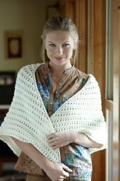 Free Knitting Pattern  Eyelet Shawl  Lion Brand® Pound of Love®   Pattern #: L0672