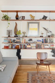 The stylish owners of a San Francisco vintage clothing store created a warm and relaxed rental home full of neutral colors, great art and vintage finds.