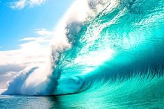 Surf photographer Clark Little captures pictures of the insides of waves Clark Little Photography, Blue Photography, Stunning Photography, Wedding Photography, No Wave, Image Nature, All Nature, Amazing Nature, Water Waves