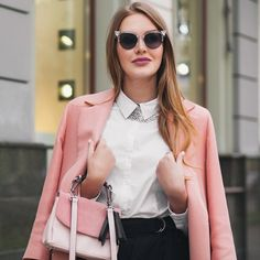 Discover recipes, home ideas, style inspiration and other ideas to try. Curvy Outfits, Simple Outfits, Casual Outfits, Lil Black, Dress Codes, Fashion Dresses, Street Style, Couture, Clothes For Women
