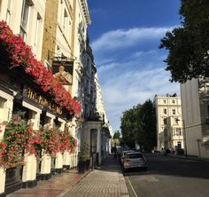 £117 In the heart of the Notting Hill in the West End of London, this boutique, stylish and luxury hotel is just a short walk from Notting Hill Gate and...