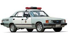 Chevrolet Opala 1988 com porta-munição - Marco de Bari