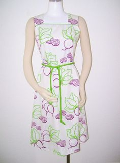 Vintage VESTED GENTRESS Beets GARDENING Farmers Market DRESS S 6 #Thevestedgentress #sheathdress