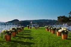 lake wedding ceremony   fot. fotochrusciel.pl