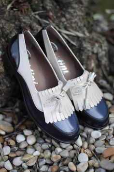 Pertini shoes Secret Love, Brogues, Chanel Ballet Flats, Boat Shoes, Nice, My Style, Boots, Fashion, Shoe