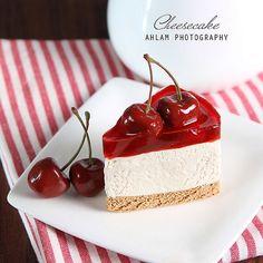 Cherry cheesecake  Made by me out of clay  من إبداعاتي بالصلصال   طريقة العمل في كتابي ( فن التشكيل بالصلصال )  #أنستقرام_أحلام_النجدي_الأول_عربيا #ملكة_الإبداع #Padgram