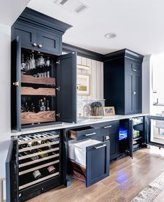 Bars for home, home bar designs и basement kitchen. Basement Bar Designs, Home Bar Designs, Basement Ideas, Wet Bar Designs, Wet Bar Basement, Basement Bathroom, Basement Kitchenette, Small Basement Kitchen, Kitchenette Design