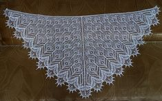 Ravelry: Shawl Autunm Bouquet pattern by Olga Bochkareva
