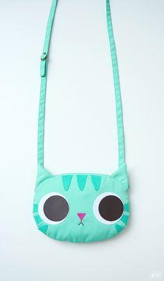 Minty cat little cross body bag