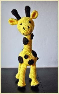 Háčkovánky: Háčkovaná žirafa Crochet Animals, Crochet Toys, Safari Animals, Amigurumi Toys, Tigger, Diy And Crafts, Dinosaur Stuffed Animal, Projects To Try, Crochet Patterns