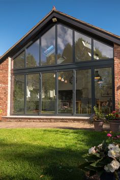 See how this gable window frames these bi-folds making the total window 4 meters high! Bungalow Extensions, Garden Room Extensions, House Extensions, House Extension Plans, House Extension Design, Extension Ideas, Gable Window, Roof Window, Architect House