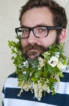 "Artist John Podles got a ""green"" beard. I especially loved the piers japonica down at the bottom of his beard."