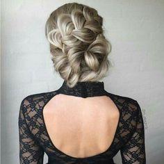Lovely hair style for weddings