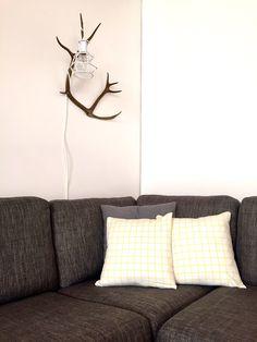 Blogi on iloinen sekoitus DIY-maailmaa, pääosaa näyttelee hillitty ja hiukan skandinaavinen kierrätyssisustaminen. Diy, Home Decor, Do It Yourself, Homemade Home Decor, Bricolage, Interior Design, Handyman Projects, Home Interiors, Decoration Home