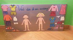 Magneetbord met aankleedprenten van Jules en Marie