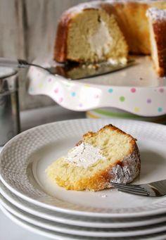 "Vanilla ""Twinkie"" Bundt Cake"