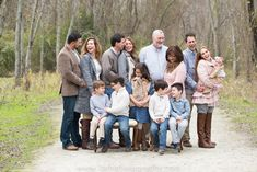 Extended Family Portraits on a Chilly Day | Cedar Hill State Park