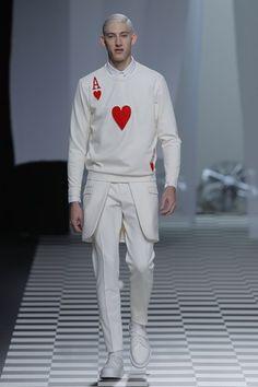 Ace of Hearts - David Elfin Dope Fashion, Mens Fashion, Girl Fashion, Ace Of Hearts, Look Man, Fashion Designer, Sweatshirts Online, Mode Style, Crew Neck Sweatshirt