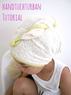 A towel-turban tutorial just for you! The summer may be coming to an end, but a towel for the head is actually needed all year long, is not it? And in my opinion, there is nothing more practical . Read moreInformations About Handtuchturban Tutorial Sewing Hacks, Sewing Tutorials, Sewing Crafts, Sewing Projects, Diy Projects For Kids, Diy For Kids, Hair Towel Wrap, Turban Tutorial, Diy Accessoires