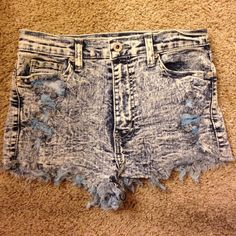"High waisted shorts Denim ""acid wash"" high waisted shorts. Size M but fits like a S. These high waisted shorts are stretchable. Cheaper plus free shipping on Ⓜ️ercari Jeans"