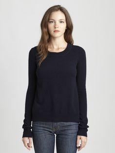 INHABIT Womens New Classic Cashmere Crew - Clover