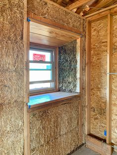 An Introduction to Straw Bale Home Construction — The Gold Hive Straw Bale Construction, Construction Materials, Sustainable Building Materials, Sustainable Architecture, Natural Building, Green Building, Shed Design, Building Design, Recycled House