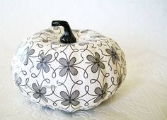 Hey, I found this really awesome Etsy listing at https://www.etsy.com/listing/109732790/pumpkin-ornament-squash-ornament