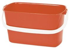 A standard window cleaners Oblong Plastic Bucket. This Oblong Plastic Bucket is ideal for holding all water and tools such as squeegee, cloth etc.