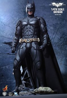 Hot Toys : The Dark Knight Rises - Batman 1/4th scale Collectible Figure